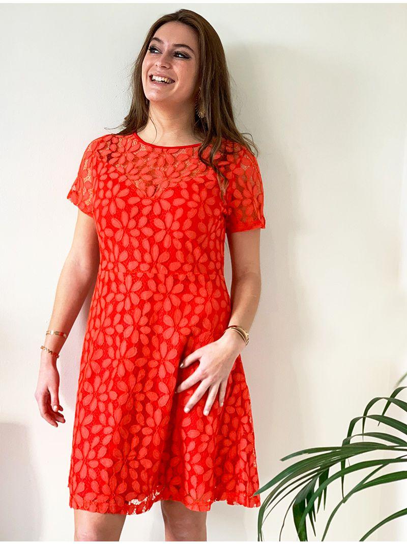 Robe courte en dentelle - Rouge