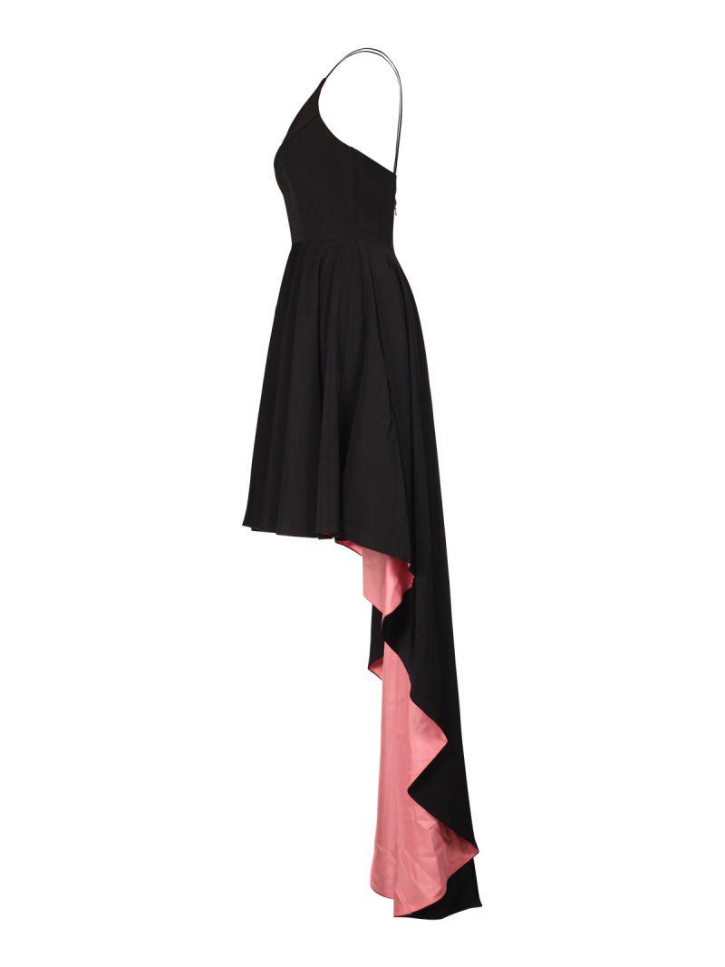 jurk kort aan de voorkant en langer aan de achterkant