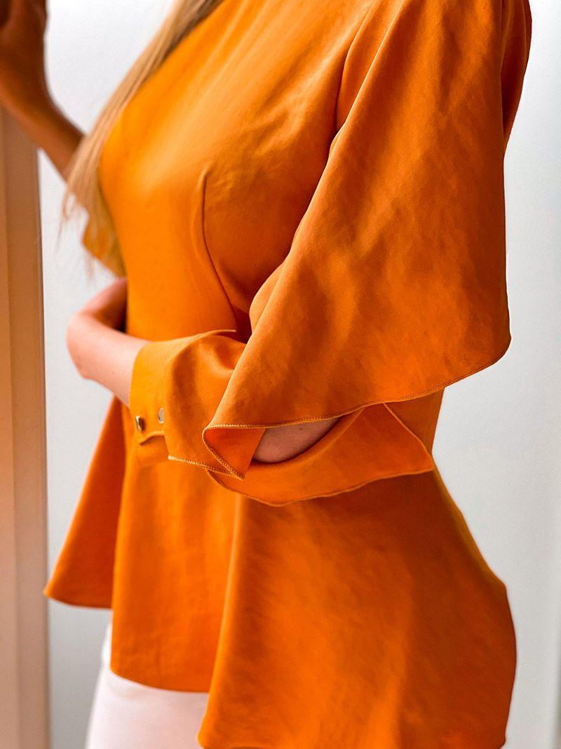 Blouse évasée avec manche avec une fente - Orange
