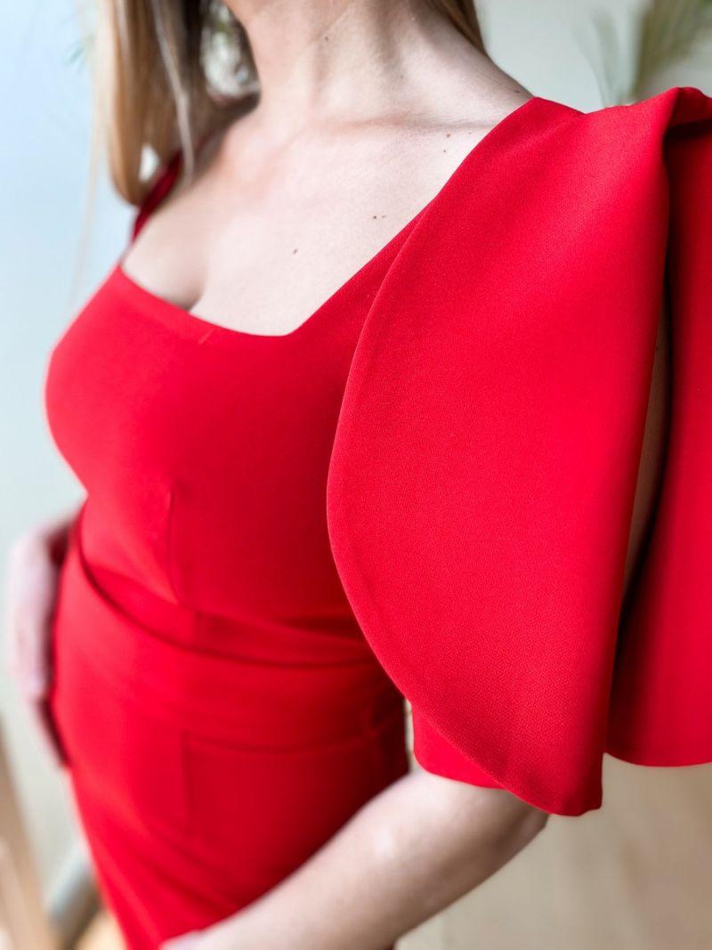 Robe longue avec une ceinture - Rouge