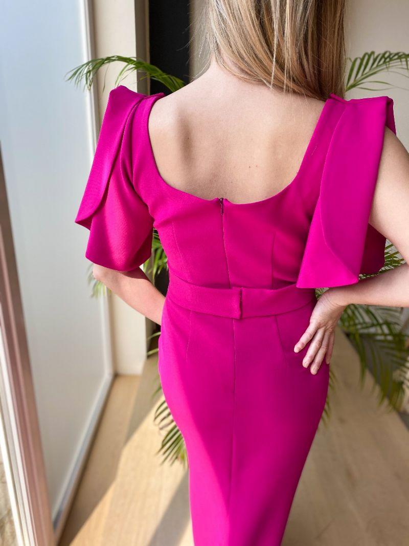 Robe longue avec une ceinture - Purple