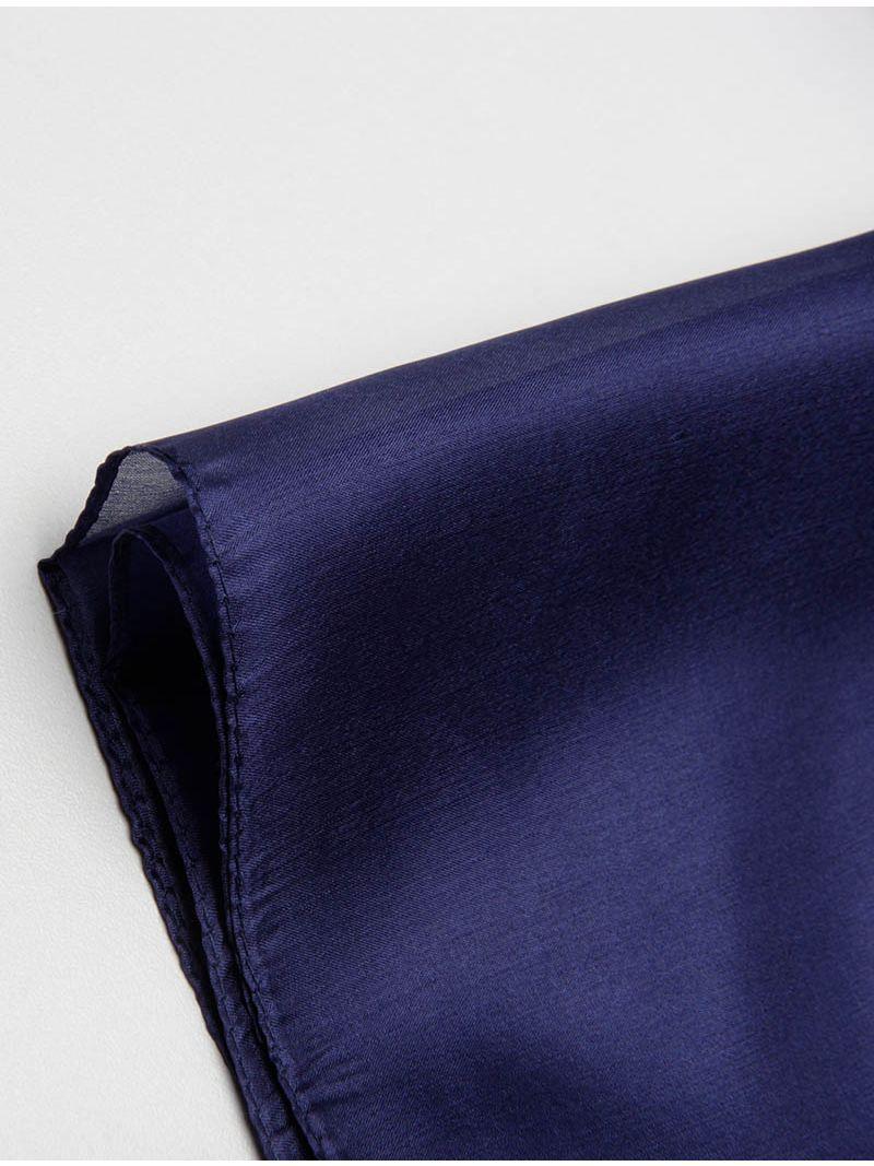 Étole délicate en soie bleu marine