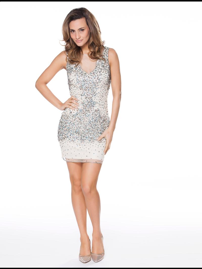 488896464b42f5 Korte jurk met pailletten en een transparante lage halsuitsnijding ...